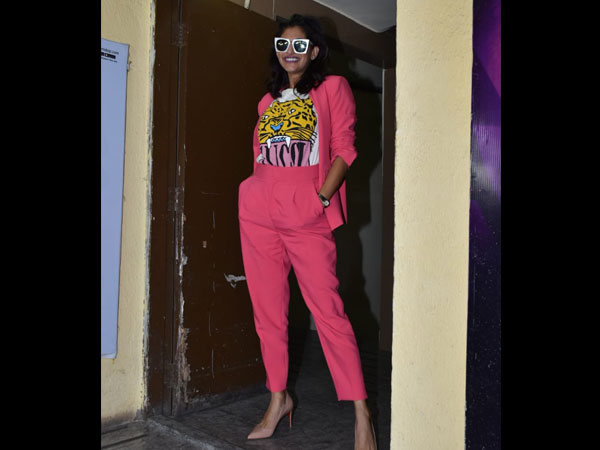 Kubbra Sait Also Wore A Pink Pantsuit But She Gave The Boss Lady Attire A Quirky Touch