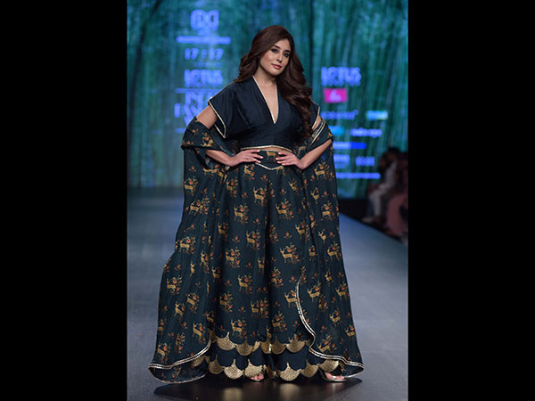 Kritika Kamra's Desi Attire Is Perfect For Ladies Who Want To Wear Something Different