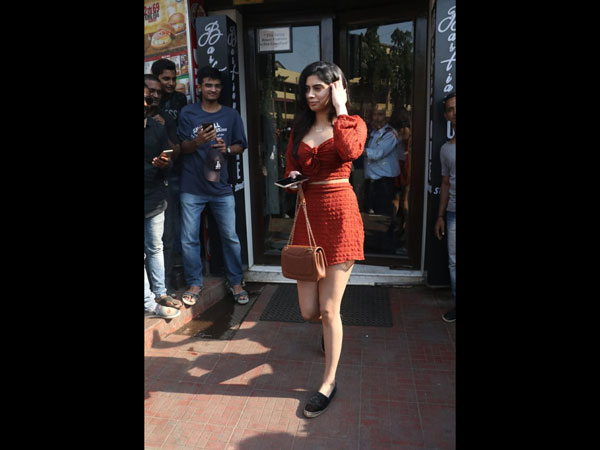 Khushi Kapoor Fashion