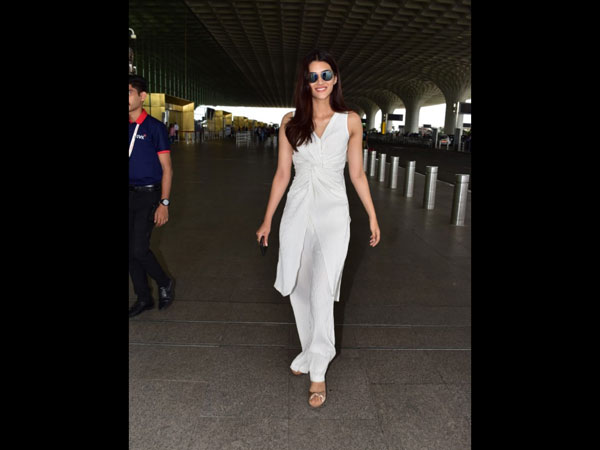 Kriti Sanon Exudes Comfy And Carefree Vibes With Her Refreshing Airport Outfit