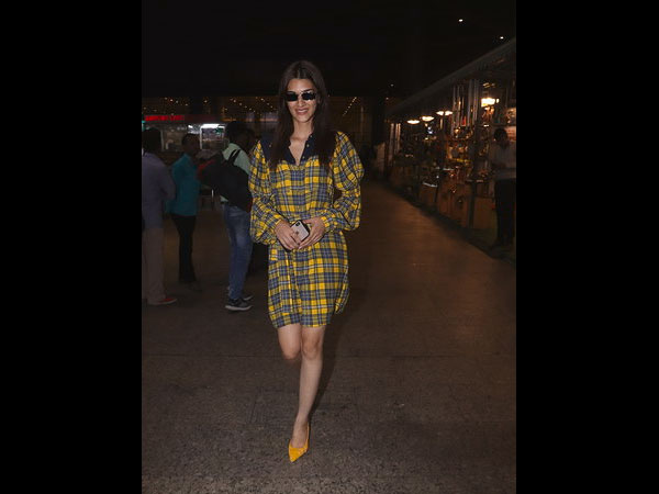 Kriti Sanon Airport Look