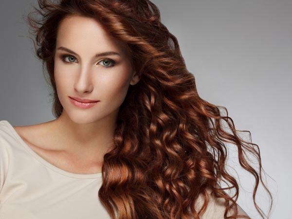 Siapa yang tidak suka dengan rambut ikal? Rambut yang begitu mempesona.
