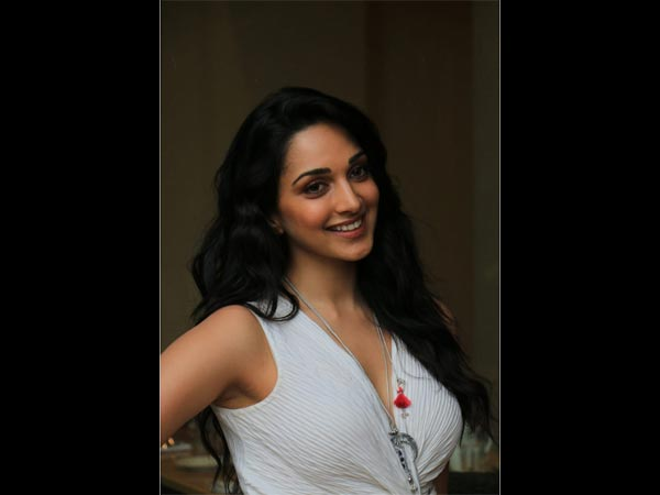 Kiara Advani Ups Her Separates Game With This Ivory Outfit And A Costume Neckpiece