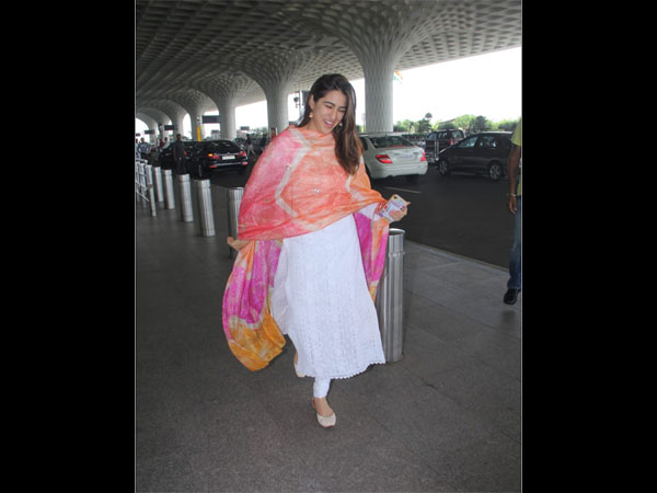 Sara Ali Khan Notches Up Her White Suit Look With A Colourful Dupatta