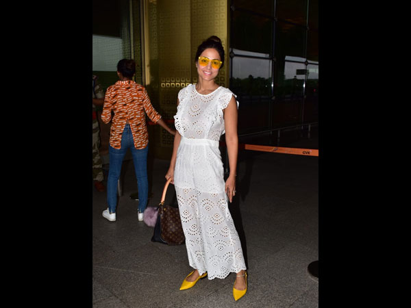 Hina Khan Airport Look