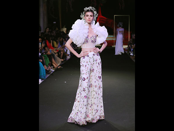 India Couture Week Shows