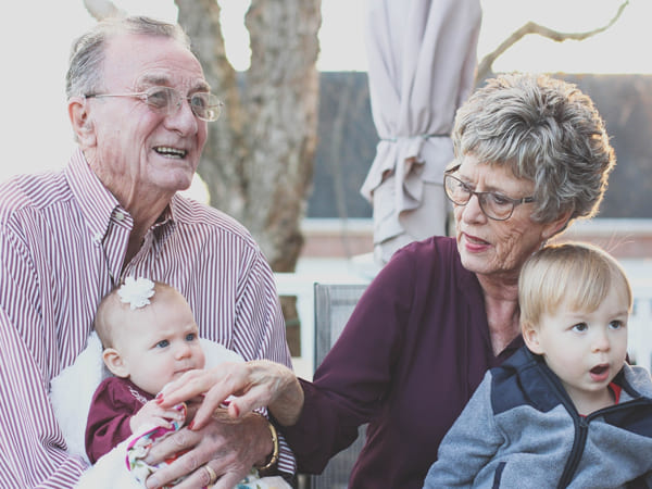 Grandparents Who Babysit Lives Longer