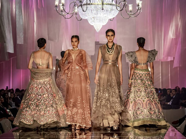 Manish Malhotra Lakme Fashion Week Winter Festive 2019