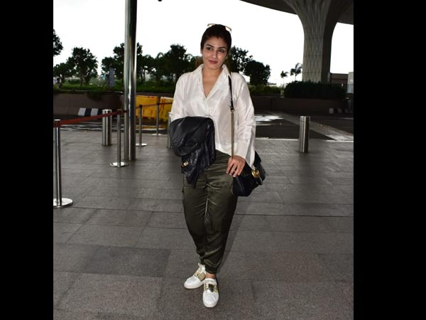 Bollywood Actresses Airport Looks