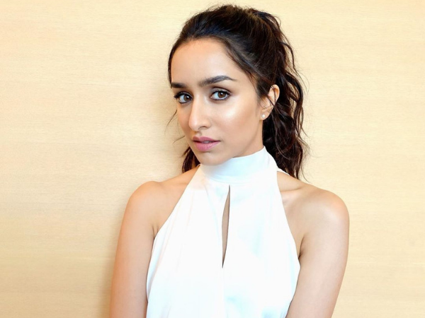shraddha kapoor look for saaho promotions