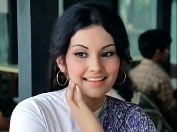 Remembering Vidya Sinha's Most Popular Sari Looks From Her Movies
