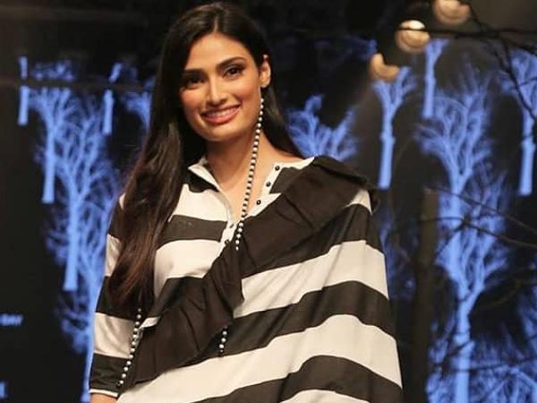 LFW W/F 2019 Day Two: Athiya Shetty's Black And White Sari Is So Modern Retro