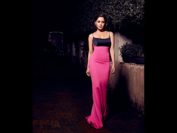Dream Girl Actress Nushrat Bharucha Has Long Dress Goals For Girls With Average Height