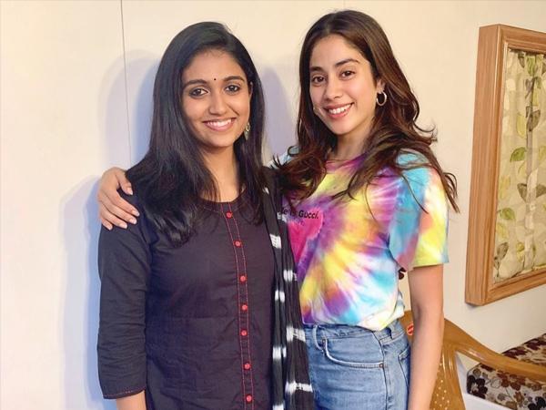 Dhadak Actress Janhvi Kapoor And Sairat Actress Rinku Rajguru Have Humble Fashion Goals For Us