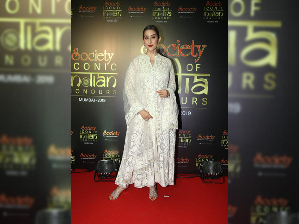 Manisha Koirala Looks Elegant As Ever In Her Chikankari Anarkali