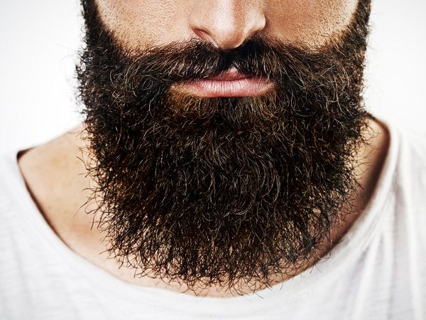 7 Essential Oils To Promote Beard Growth