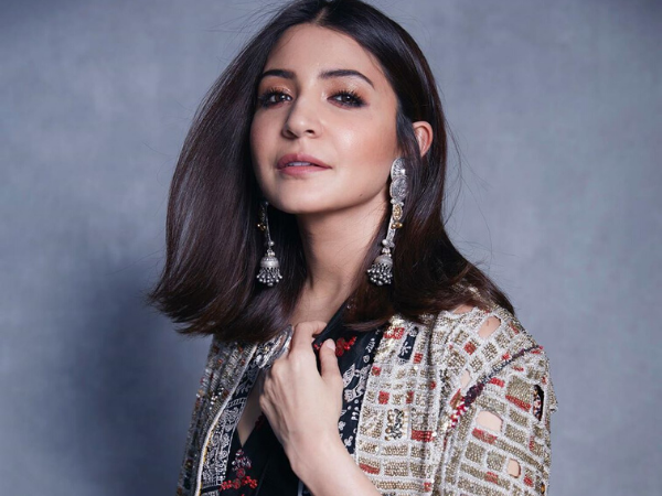 Anushka Sharma's Kohled Make-up Look For This Event Is A Quintessential 2019 Trend