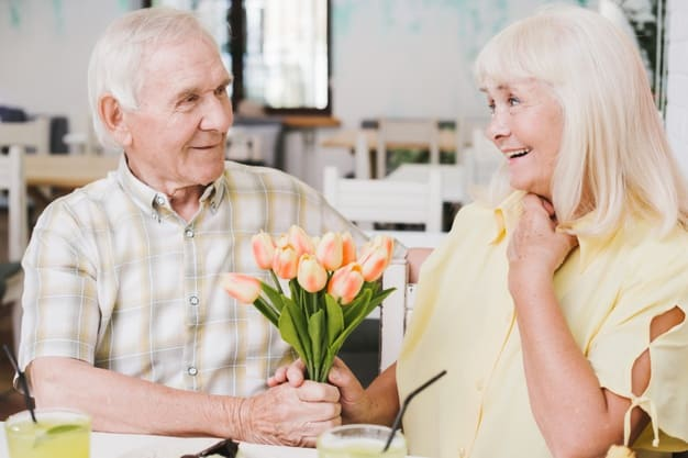 8 Tips To Increase Intimacy When You Grow Old
