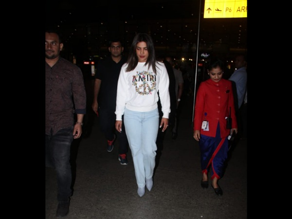 Priyanka Chopra Jonas Spotted In Casuals At The Airport And Will Be Seen Walking The Ramp Today