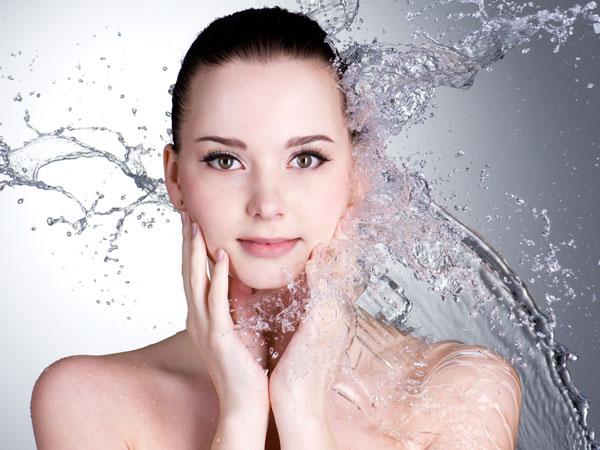 washing the face at night
