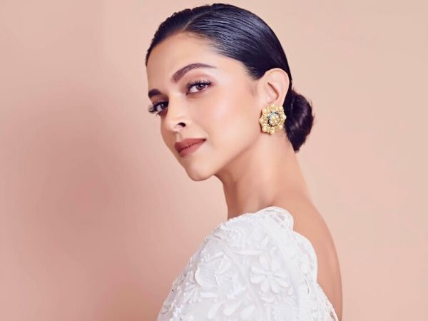 8 Deepika Padukone-Inspired Bun Hairstyles That You Would ...
