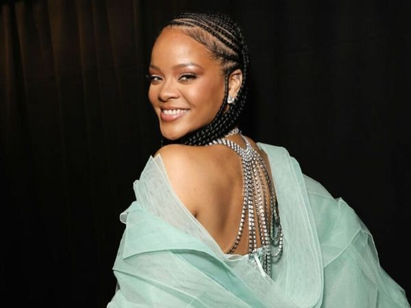 Rihanna's Latest Magazine Cover Is A Literal Tribute To The Nude Make-up Gods
