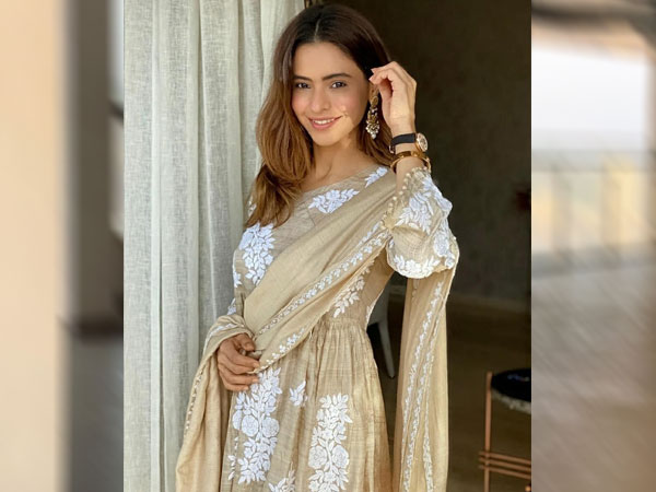 Aamna Sharif In A Brown Ethnic Attire