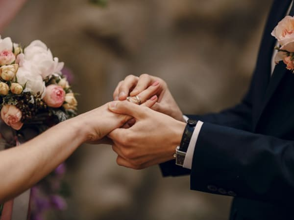 Here Are Some Perks Of Getting Married In Your Early 20's That You Need To Know