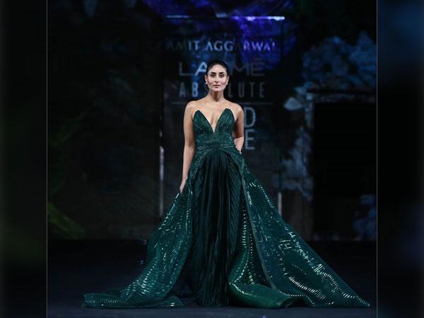 Kareena Kapoor Lakme Fashion Week
