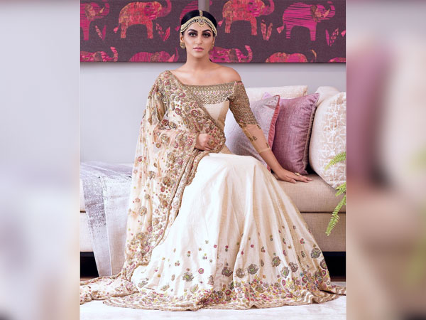 Yashika Aannand's Regal Traditional Look