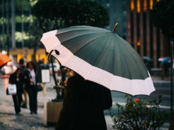 Colour-Blocked Umbrellas For Monsoon