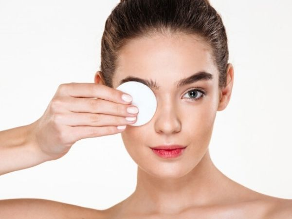 Eye Make-up Removal Mistakes That You're Making