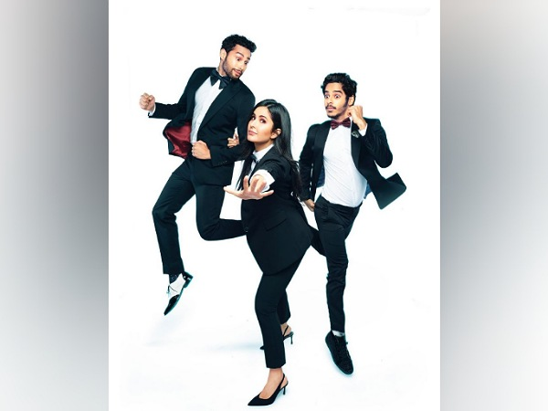 B-town Stars In Phone Bhoot Poster