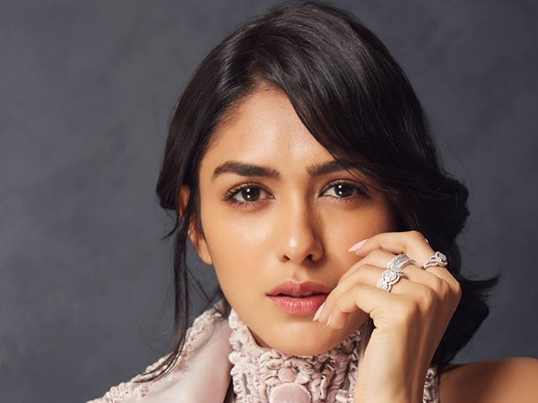 Mrunal Thakur's Outfits On Her Birthday