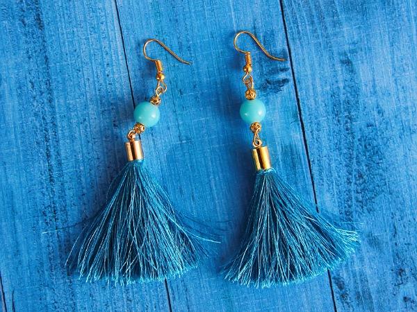 Tassel earrings For Medium Hair