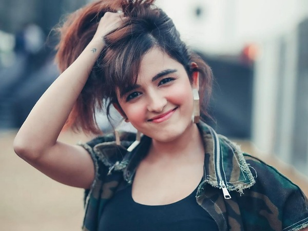 Shirley Setia's Cute Looks On Her B'day