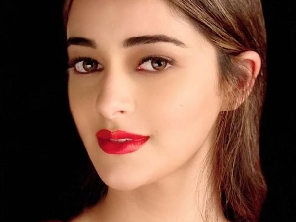 Ananya Panday Celebrates World Lipstick Day With Bold Red Lips And A Fun Challenge