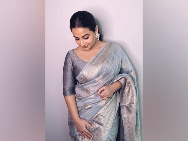 Vidya Balan's Chanderi Silk Saree Is Priced At INR 5000 And We Think It Is Perfect For Formal Events