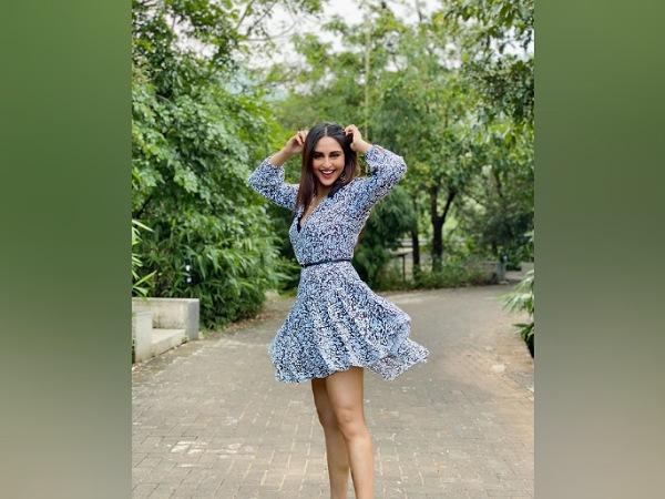 Krystle DSouza In A Blue Floral Dress