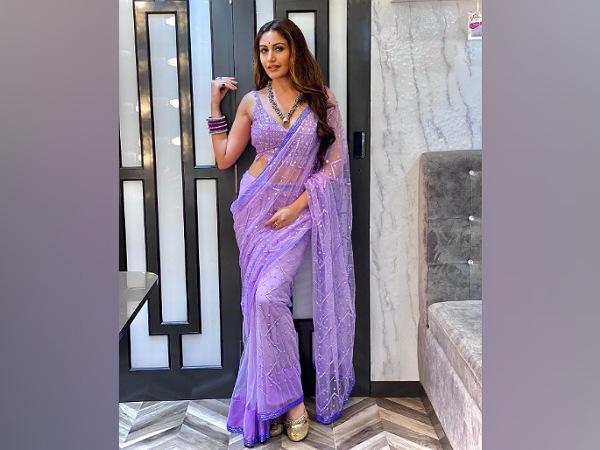 Surbhi Chandna In A Purple Saree