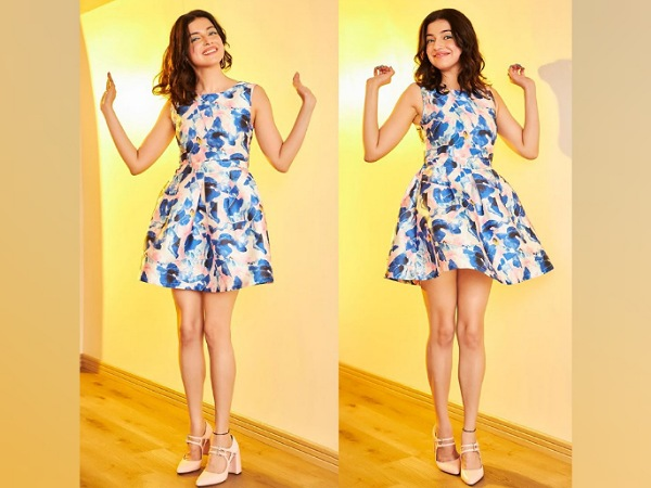 Divya Khosla Kumar In A Blue Printed Dress