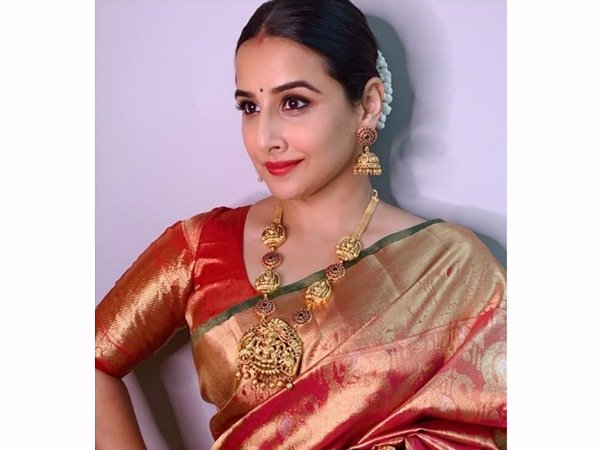 Navratri 2020: Vidya Balan Wins Us With Her Exquisite Silk Saree And Gorgeous Gold Jewellery Set