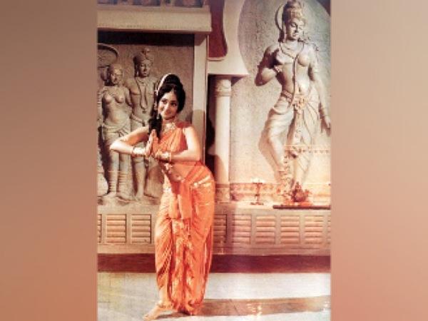 Vyjayanthimala's Amrapali Costume