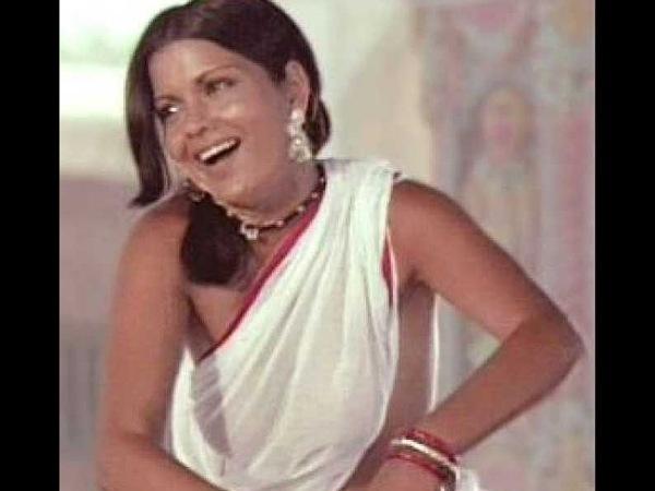 Zeenat Aman Half Saree