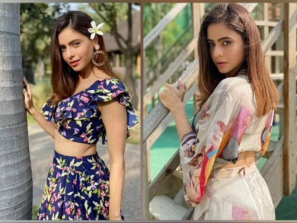 Aamna Sharif In Colourful Crop Top-Skirt And Floral Printed Crop Top-Skirt, Which One Is Prettier?