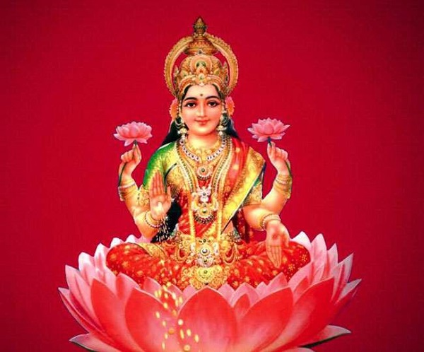 Goddess Lakshmi's Aarti Lyrics And Meaning In English And Sanskrit