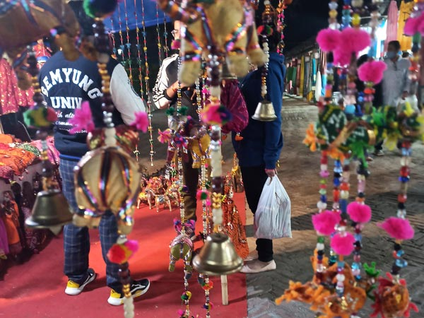 What you can buy at Dilli Haat
