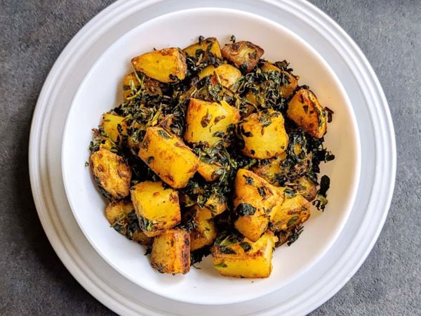 Aloo Methi Recipe: Prepare It At Your Home With These Easy Steps