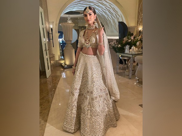 Tara Sutaria's Lehenga And It's Price