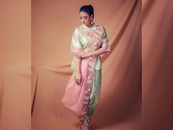 Shweta Tiwari In A Green And Pink Dhoti Saree